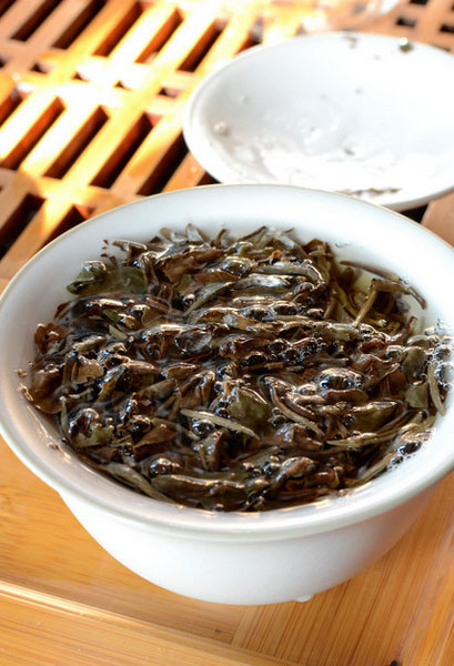 Чай Silver Tips Imperial от Makaibari Tea Estate
